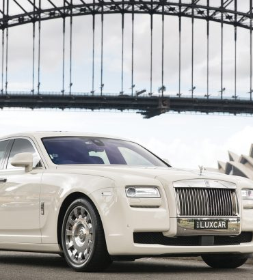 Hire Chauffeur Cars Melbourne To Avoid Time Delays!